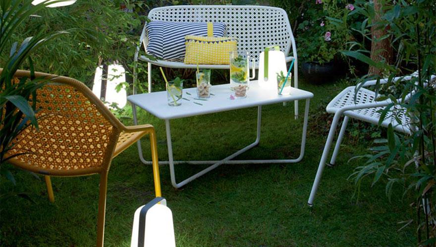 FERMOB Balad - lampe - croisette - banquette - fauteuil bas - table basse