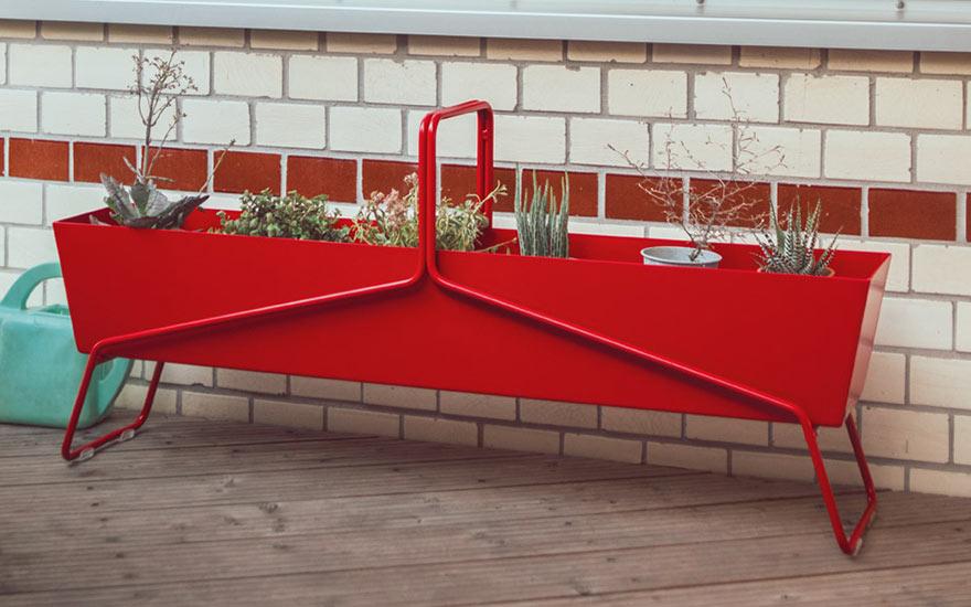 Jardinière Basket de Fermob jardiniere rectangulaire aluminium coquelicot 24 couleurs