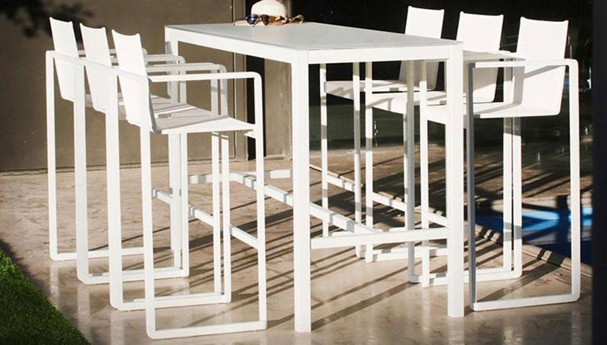 bancs tabourets de jardin terrasse et demeureterrasse et demeure. Black Bedroom Furniture Sets. Home Design Ideas