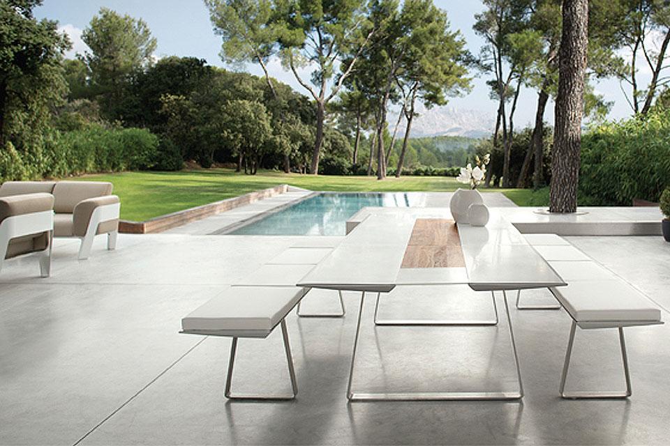 Ego paris terrasse et demeureterrasse et demeure for Table de terrasse aluminium