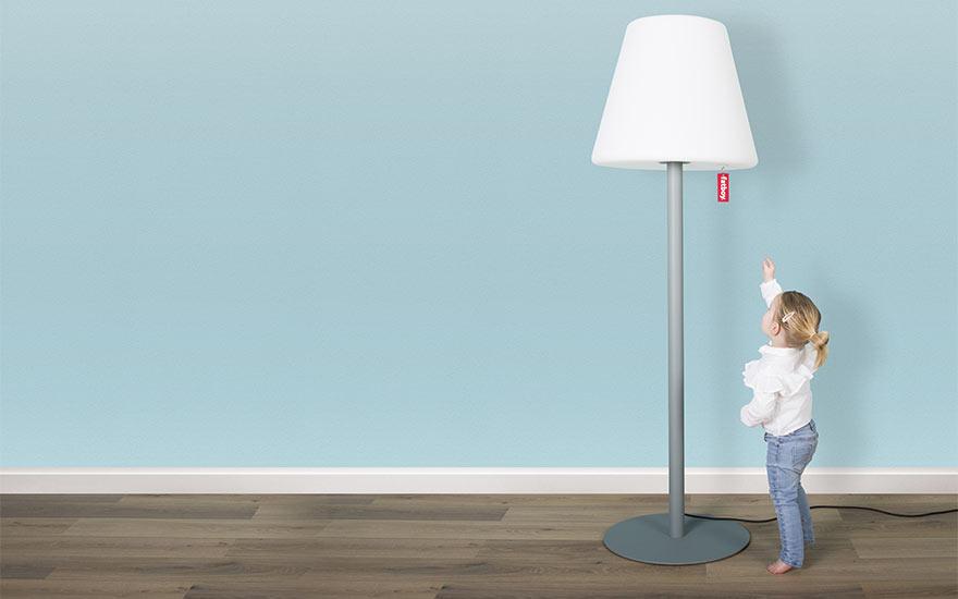 fatboy-lampadaire-edison-the-giant-blanc