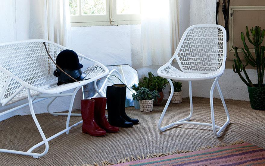 FERMOB Sixties - Chaise et banquette aluminium et fils PVC tressés, couleurs coton, orage, aubergine, paprika, savane
