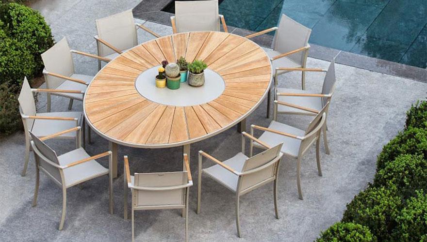 ROYAL BOTANIA O-zon ensemble repas et bain de soleil