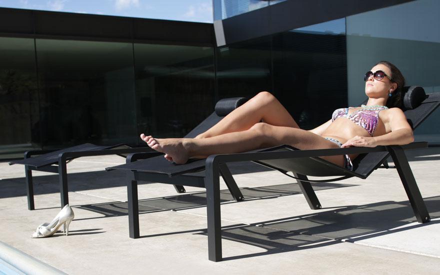 ROYAL BOTANIA Alura bain de soleil inclinable empilable aluminium 3 couleurs