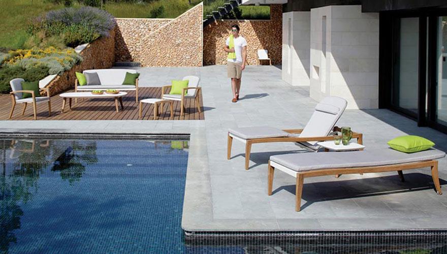 ROYAL BOTANIA Zidiz bain de soleil - ensemble repas fauteuil et canapé