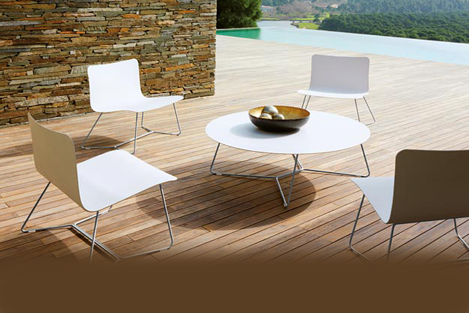 Viteo slim table basse fauteuil bas inox corian