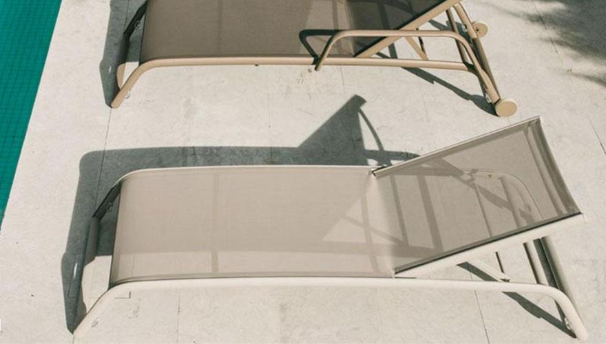 Triconfort basics bains de soleil empilables alu